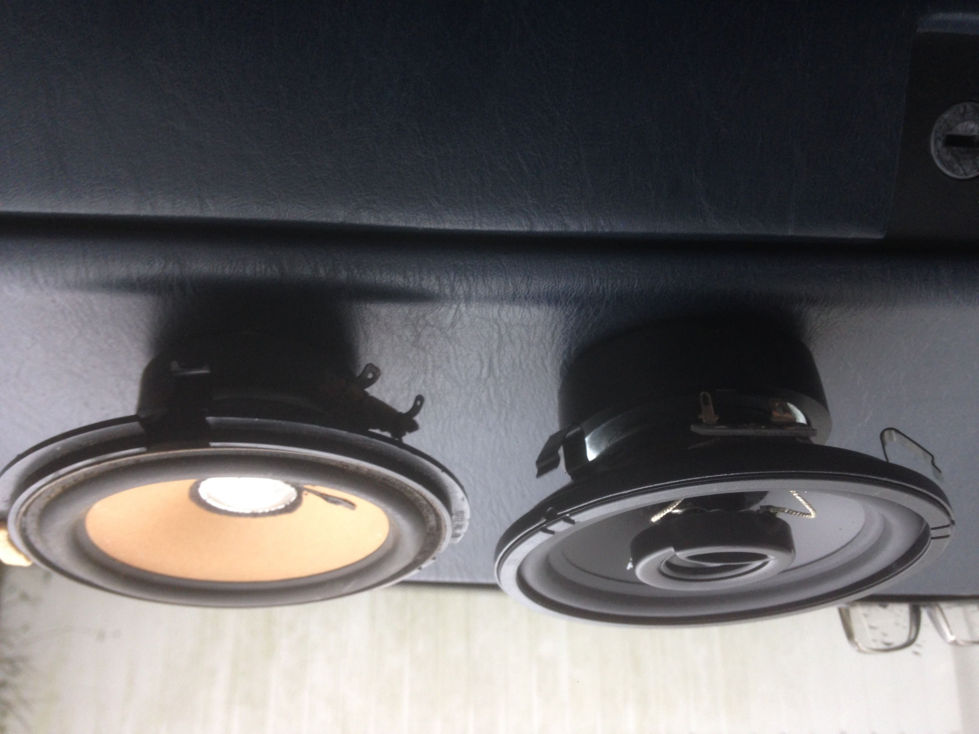 Anleitung zum Ausbau der Front-Lautsprecher des W124.